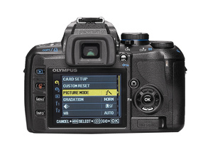 "Olympus E-420: тест журнала ""Foto&Video"""