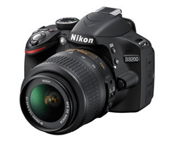 <span role='device-inline' data-device-id=15162 data-device-review=14739-nikon-d3200 data-device-primary=true>Nikon D3200</span>