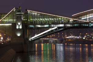 Как фотографировать ночной город: советы новичку