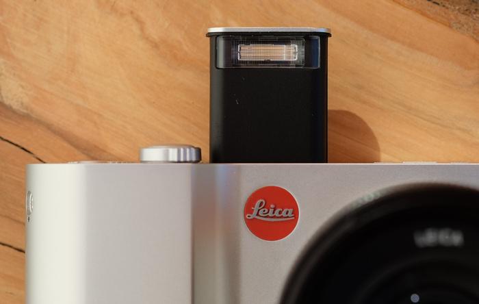 Первый тест Leica T
