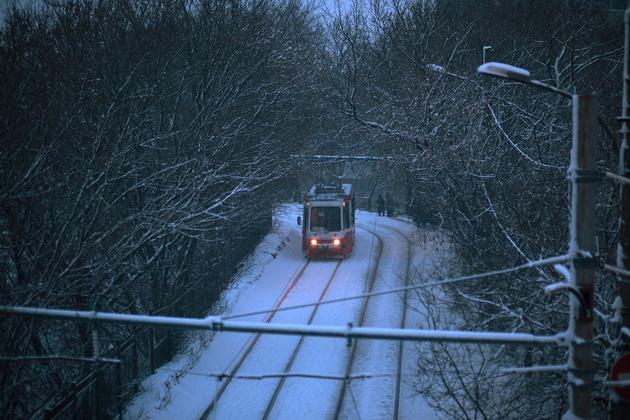 Как фотографировать в снегопад: зимние трамваи