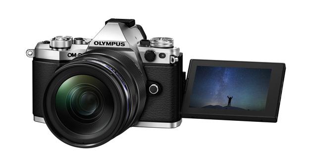 Olympus OM-D E-M5 II: неделя с экспертом