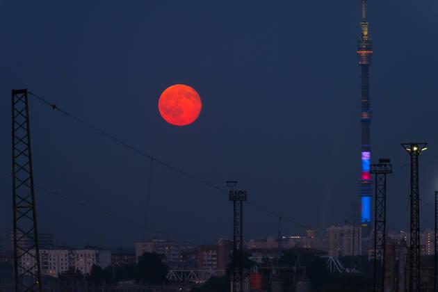 Как фотографировать Луну? Царица ночи в кадре