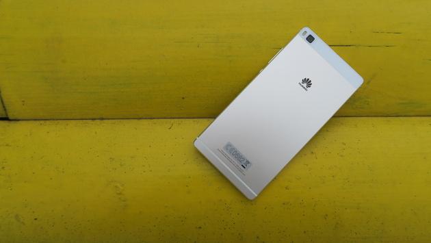 Тест Huawei P8: Чудеса одной кнопкой