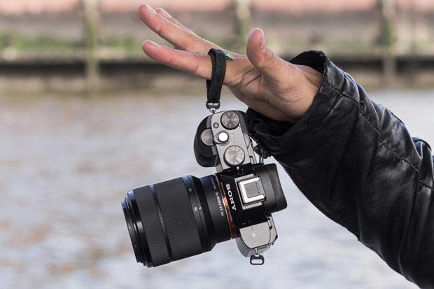 Camslinger Streetomatic – набедренная фотосумка с быстрым доступом к камере