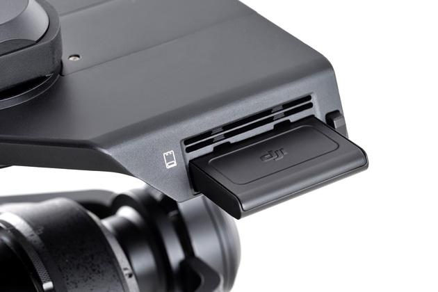 DJI Zenmuse X5 и X5R – первые камеры Микро 4/3 для дронов, поддержка RAW-видео 4К