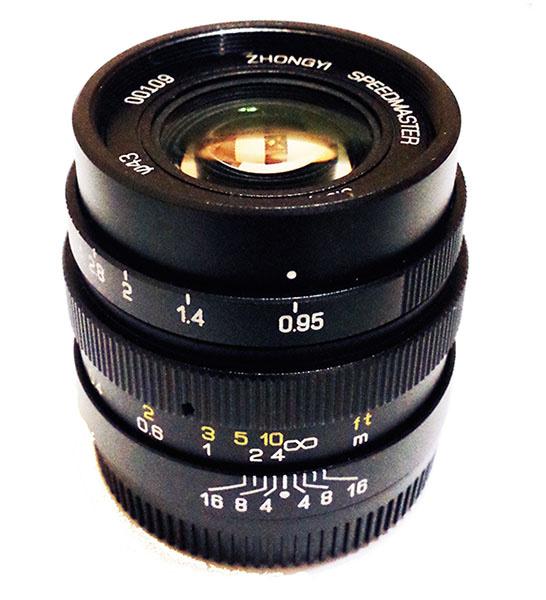 Mitakon 25mm f/0.95 для Микро 4/3 объявлен официально, цена $399