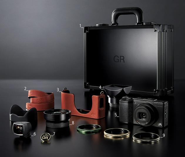 Юбилейный набор RICOH GR II Premium Kit