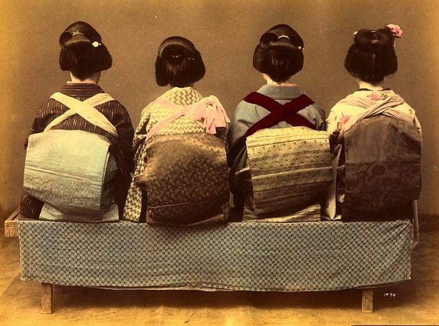 В Галерее Классической Фотографии покажут антикварные кимоно