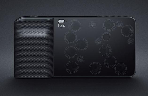 Light L16 – компакт, собранный из 16 камер, делает снимки 52 Мп