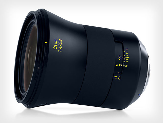 Объектив Zeiss Otus 28mm f/1.4 для зеркальных камер Canon и Nikon