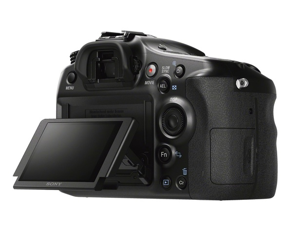 Sony a68 – байонет А, полупрозрачное зеркало и 4D-фокусировка