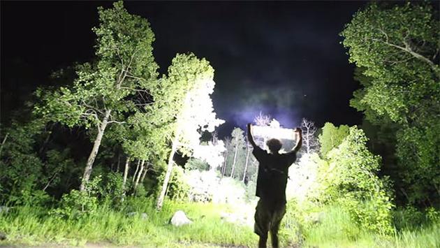 Самый яркий в мире светодиодный осветитель с потоком 90000 люмен