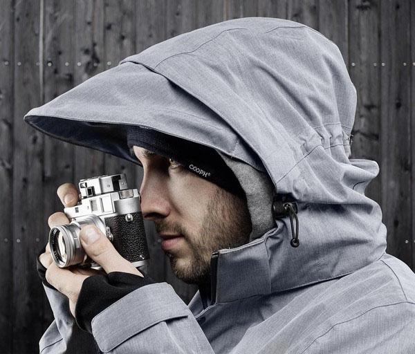 Куртка-дождевик, разработанная компанией COOPH специально для фотографов