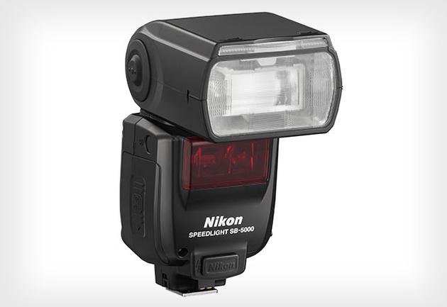 Nikon Speedlight SB-5000 – первая радиоуправляемая вспышка Nikon