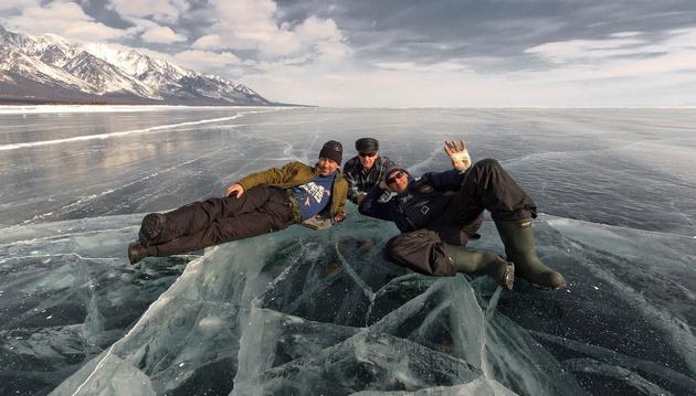 Алексей Трофимов представляет: фотоэкспедиция «Планета Байкал. Байкальский лед 2016»