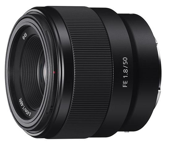 Новые объективы Sony FE 50mm f/1.8 и 70-300mm для полнокадровых камер