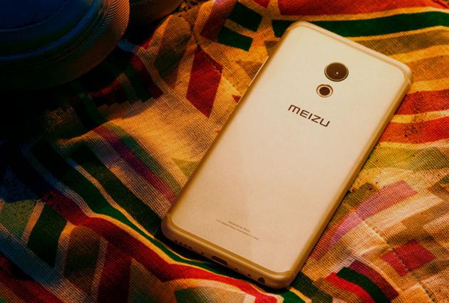Музыкальный смартфон с хорошей камерой Meizu Pro 6 доступен для предзаказа в России.