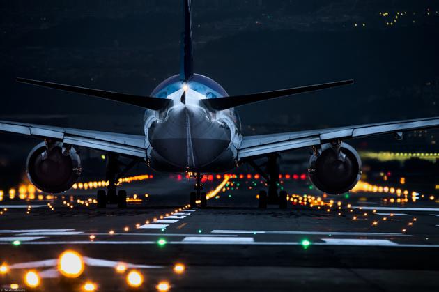 Самолеты и ночь