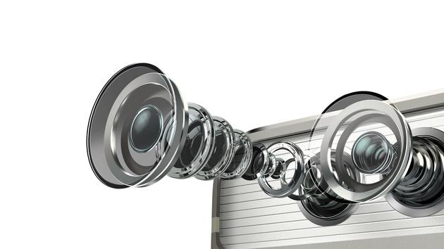 Leica всегда под рукой: смартфон Huawei P9 и фотоаппараты Leica