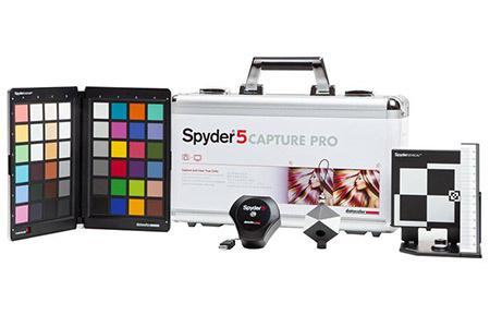 Компания Datacolor выпускает набор для цветовой калибровки Spyder5CAPTURE PRO