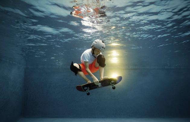 Спортсмены под водой от Аликса Мартинеза