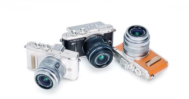 Беззеркальная камера Olympus PEN E-PL8 заточена на съемку селфи