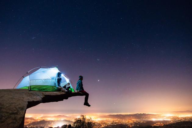 Фотограф Трэвис Бёрк путешествует по миру на старом фургоне и делает потрясающие снимки