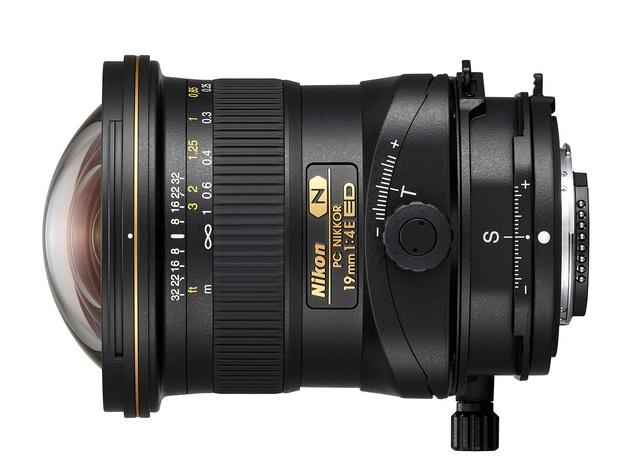 Ультраширокоугольный тилт-шифт объектив PC Nikkor 19mm F4E ED