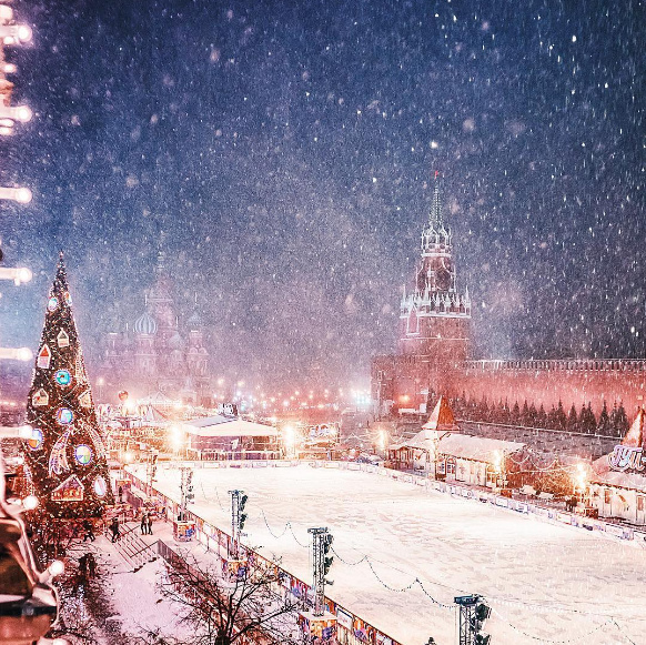 Инстаграм дня: предпраздничная Москва от Кристины Макеевой