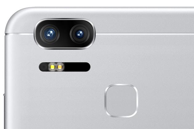 На выставке CES 2017 компания ASUS показала два новых смартфона ZenFone AR и ZenFone 3 Zoom