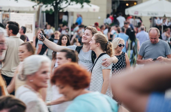 Инстаграм дня: Selfies Across Europe