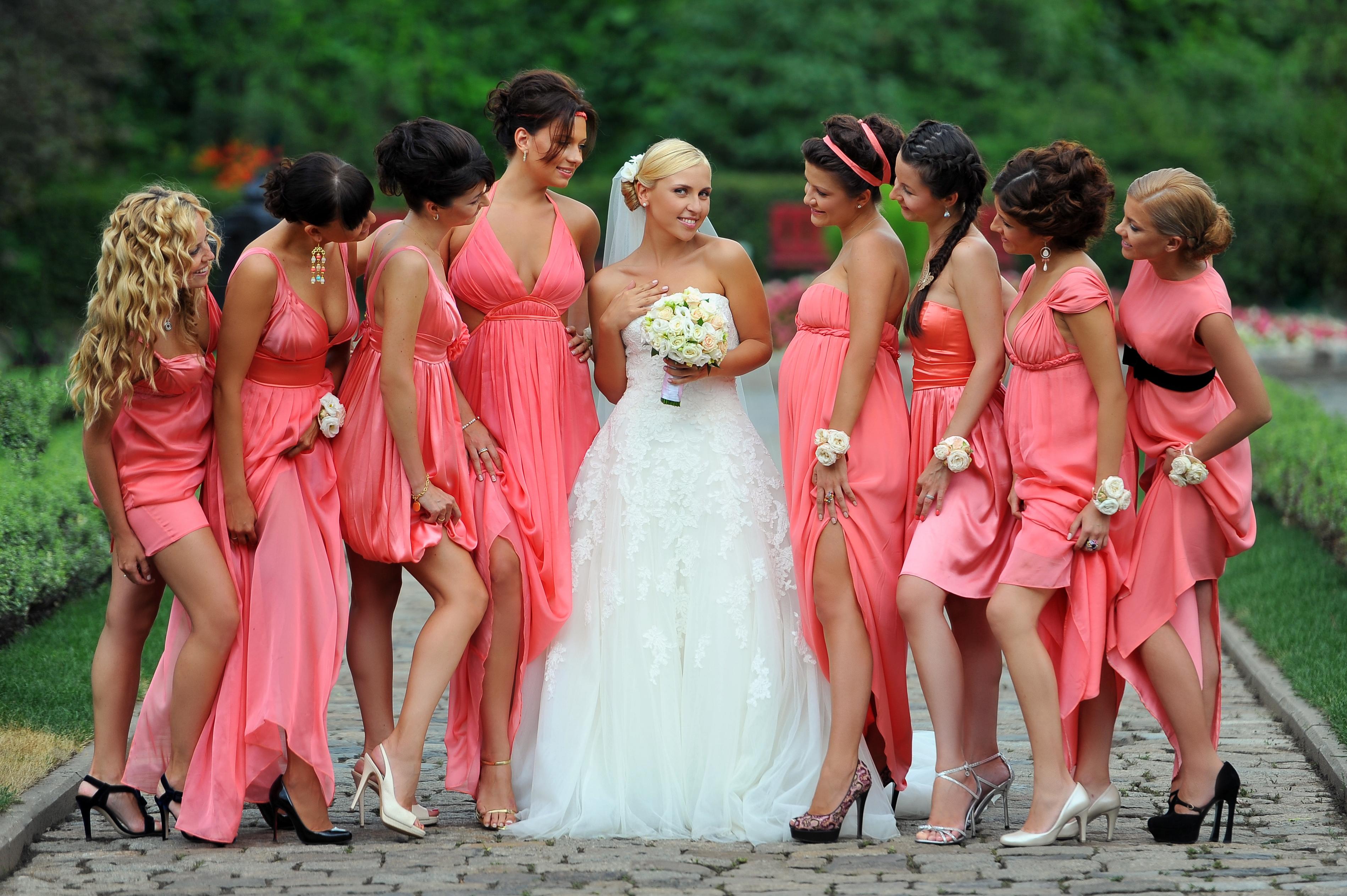 Причёска дружки на свадьбе фото