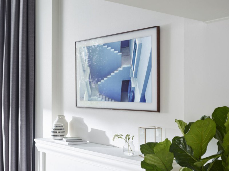 Компания Самсунг  представила телевизор-картину The Frame