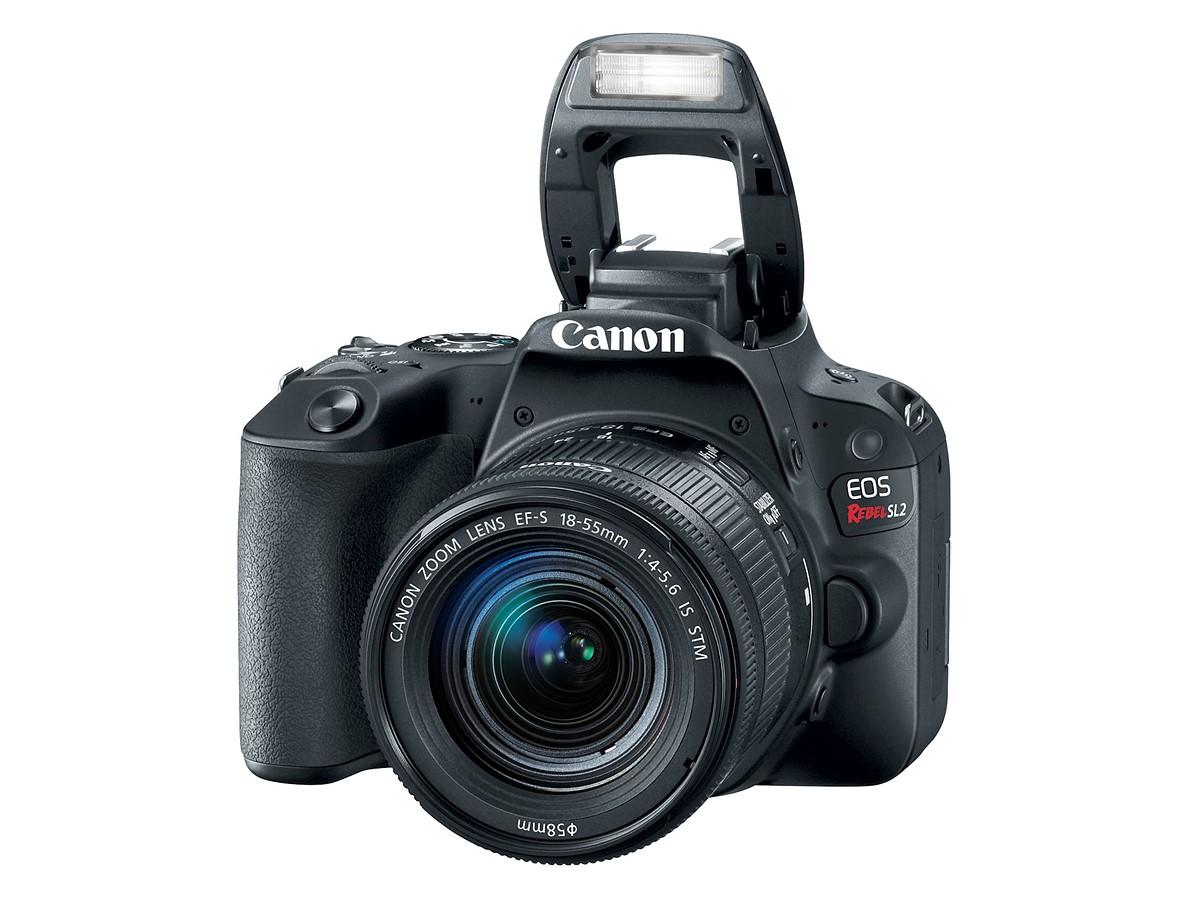 Миниатюрная зеркальная камера Canon EOS 200D