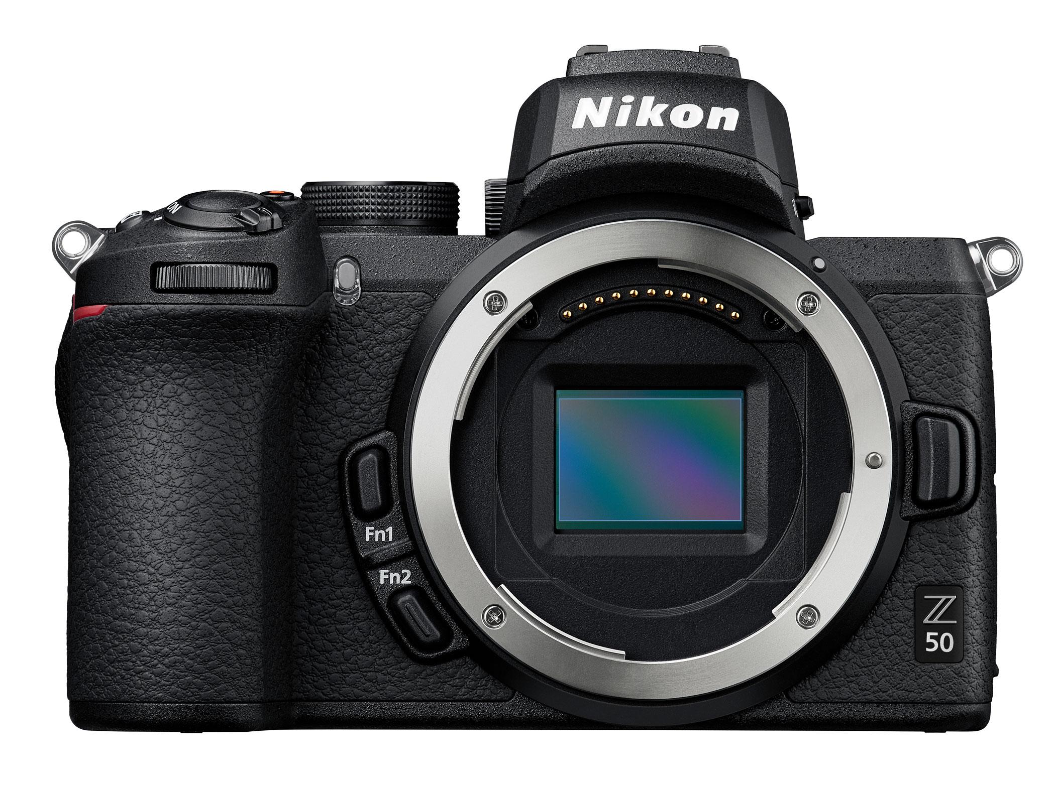 Nikon Z 50: кропнутая беззеркалка с байонетом Z