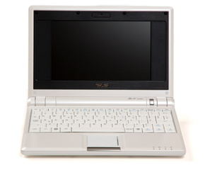 ASUS EEE PC © <a href='http://flickr.com/photos/scrambled/'>scrambled</a>