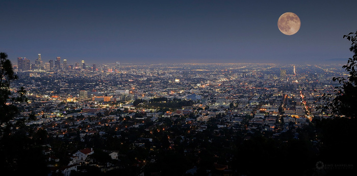 Supermoon in the City of Angels by Timo Saarelma