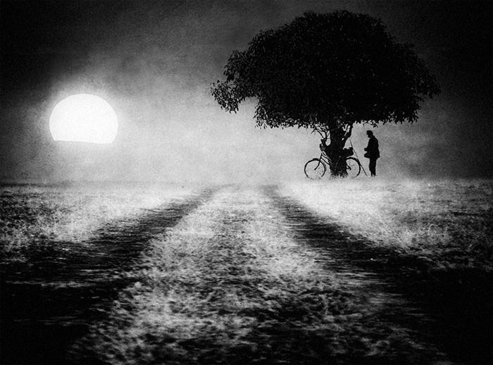 Somewhere on the Road © janini