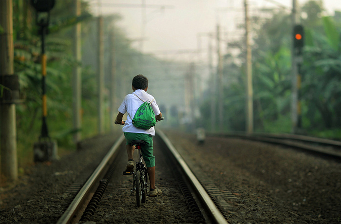 going to school © asit