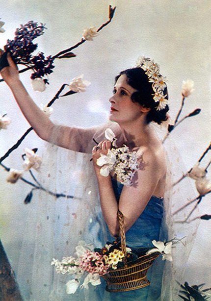 Lady Anne Rhys poses as the goddess Flora