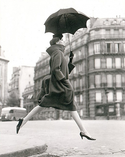 Richard Avedon, Carmen (Homage to Munkasci), Paris, 1957