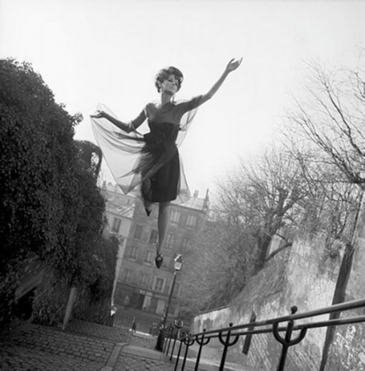 Melvin Sokolsky, Fly High, Paris, 2002