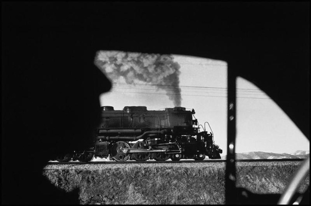 © Elliott Erwitt USA. Wyoming 1954