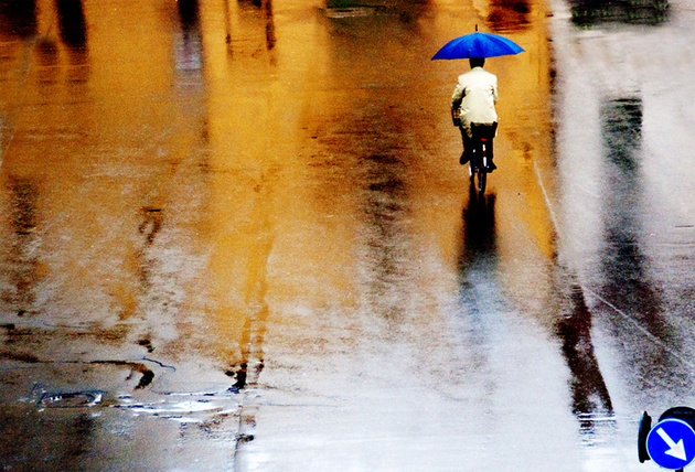 blue and yellow rain © franco maffei