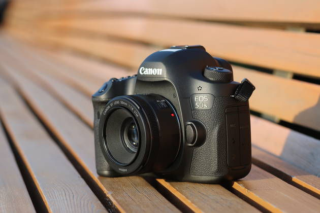 <span role='device-inline' data-device-id=16355 data-device-review=17182-sravnitelnyy-test-canon-eos-5ds-canon-eos-5ds-r-i-canon-eos-5d-mark-iii data-device-primary=false>Canon EOS 5DS</span> и Canon EF 50mm F1.8 STM