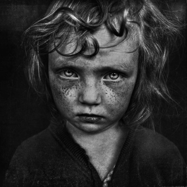 B © Lee Jeffries