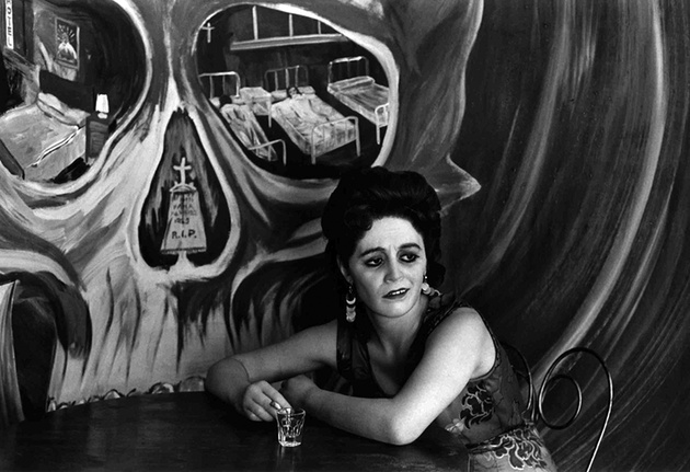 © Graciela Iturbide, Mexico City, 1969